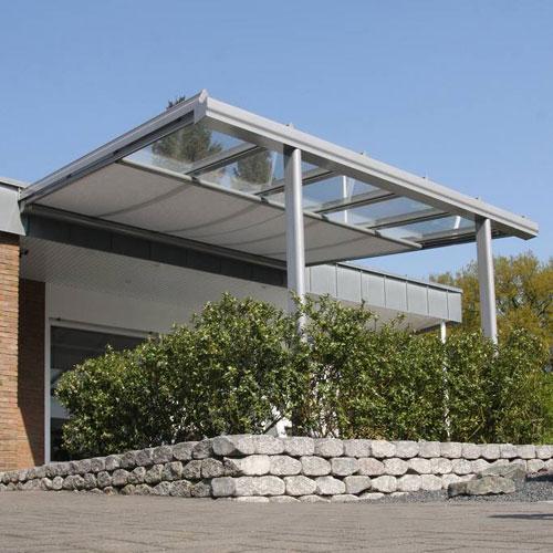 árnyékoló, árnyékolástechnika, külső árnyékoló, tető árnyékoló, napellenző